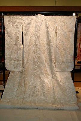 刺繍鶴と花ラメ入り