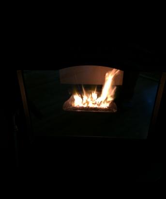 ハーマン ペレットストーブ P43 ミラーガラスで綺麗な炎