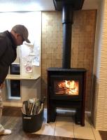 炎の温もりのある家に暮らしたい!薪ストーブNeo1.6設置しました。